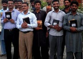 Pakistan: Dystrybucja Biblii zakończona powodzeniem