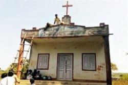 zamieniają kościół w animistyczną świątynię