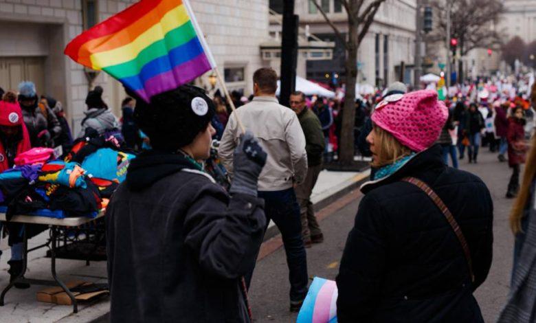 Photo of Pastor otrzymuje groźby i traci pracę za powiedzenie, że imprezy LGBTQ mogą być szkodliwe dla dzieci