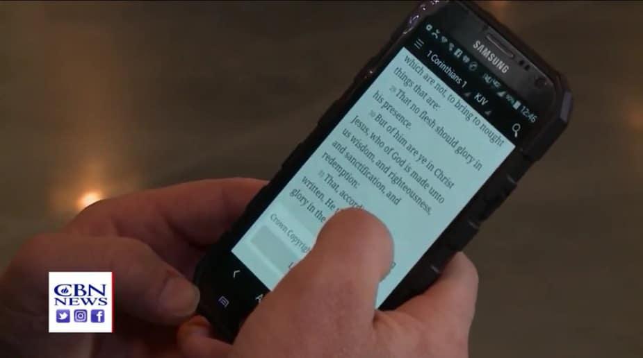 Biblia smartfon