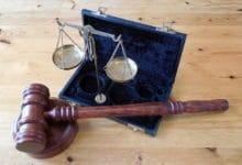 Photo of Sąd podtrzymuje wyrok 14 miesięcy więzienia dla lekarza za odmowę wykonania aborcji w 23 tygodniu ciąży